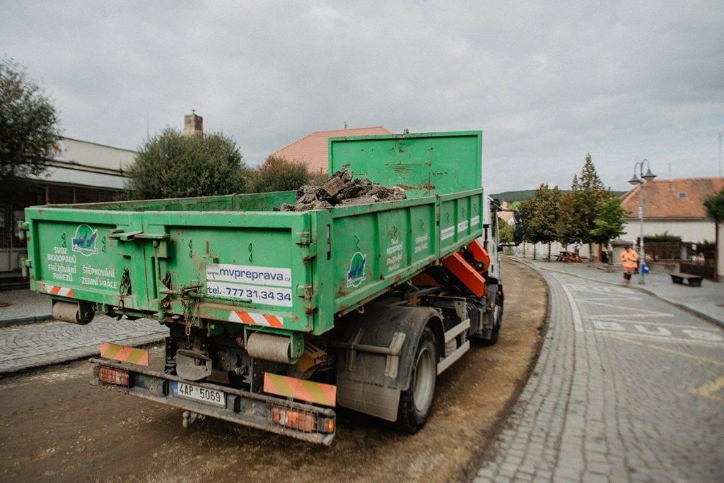 Iveco 190EL32 | MV Přeprava – nákladní přeprava, demoliční práce, zemní práce, zpracování odpadu