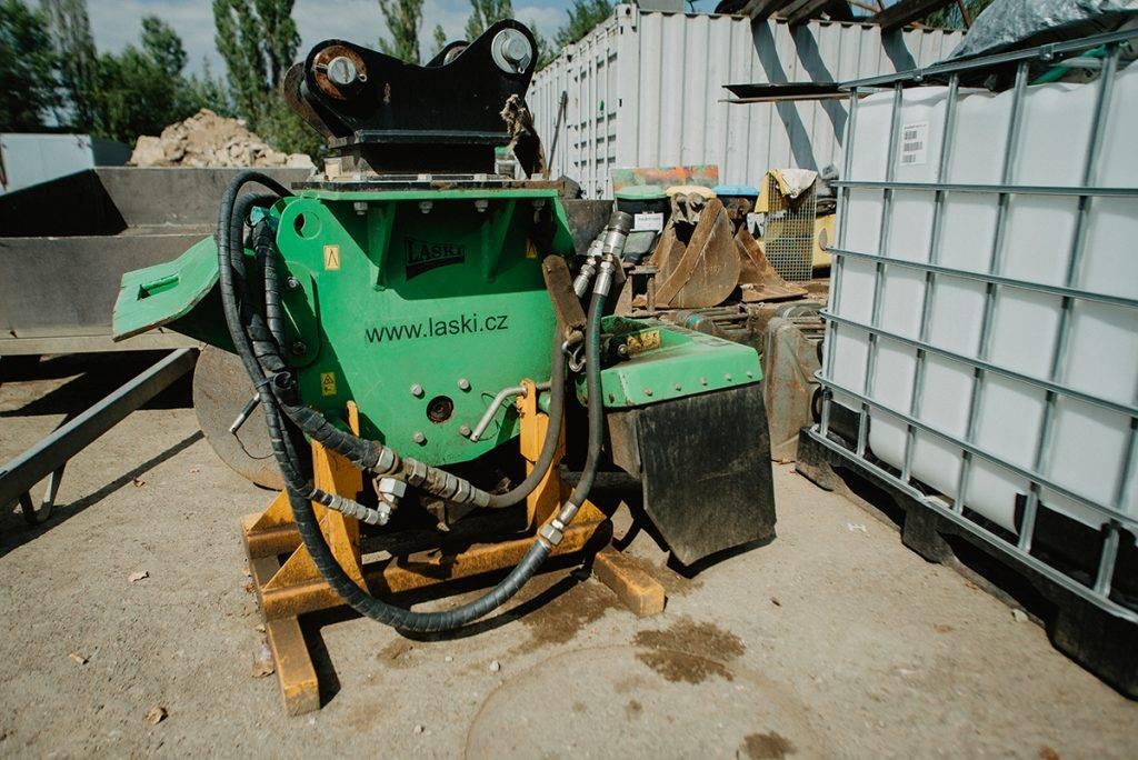 Pařezová pila | MV Přeprava – nákladní přeprava, demoliční práce, zemní práce, zpracování odpadu